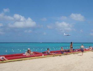 Avion qui atterrit Montego Bay